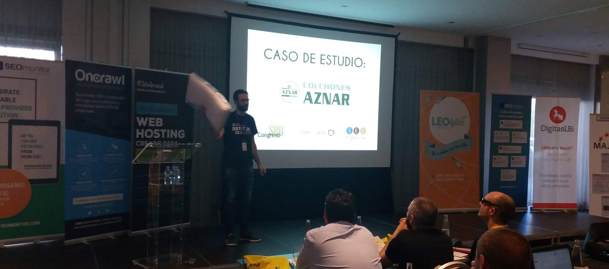 Almohada de Colchones Aznar en el seopro de Madrid