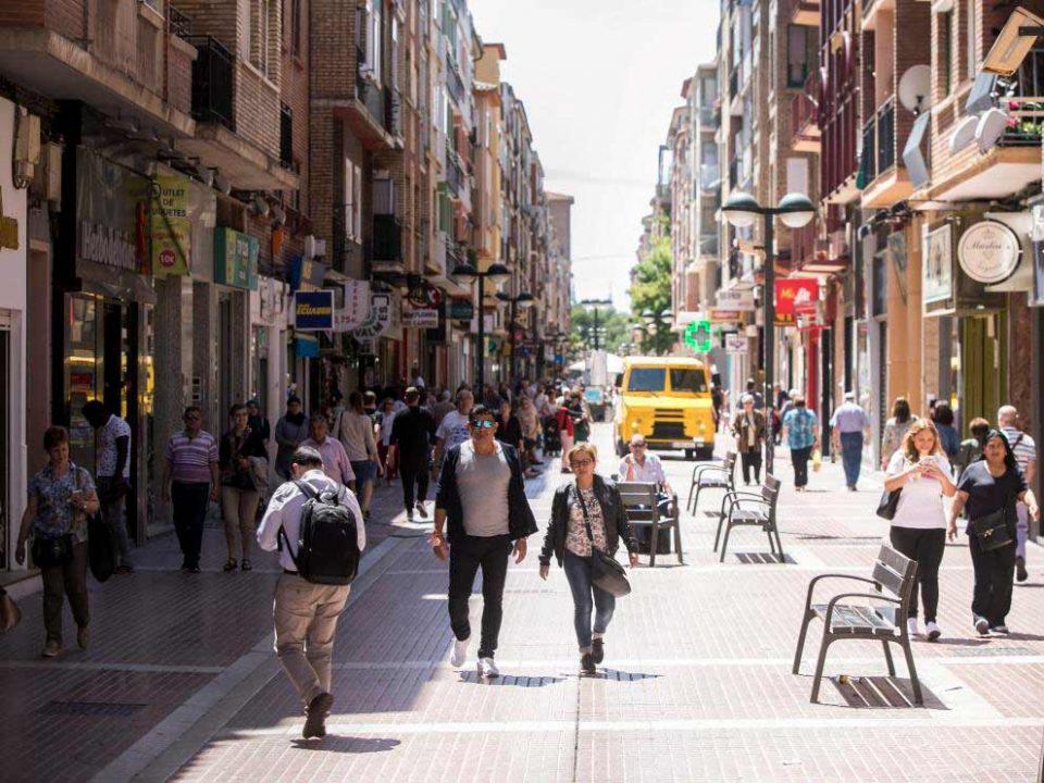 Viviendas y afluencia de la calle Delicias